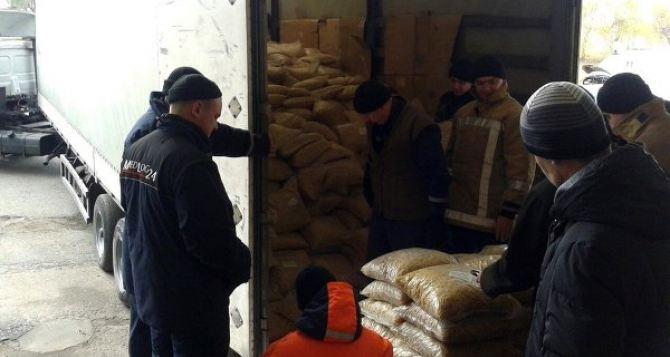 Гумконвой из РФ для Донбасса взял курс на Ростовскую область