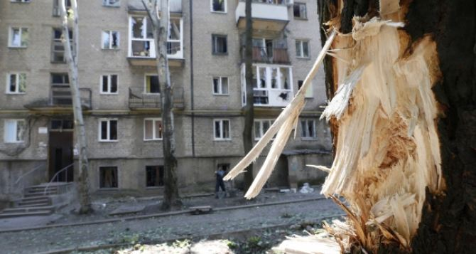 Война как консервный нож вскрывает человека: у кого-то внутри качественная тушенка, а у кого-то— протухшие сардины. —Дневник блокадного Луганска (часть 3)