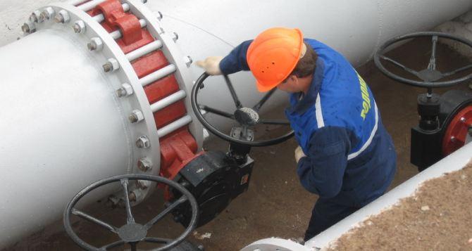 Боевые действия в Луганской области привели к остановке водовода