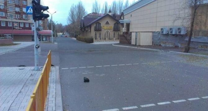 Последствия обстрела Донецка: проспект Панфилова +