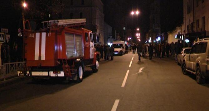 Растет число пострадавших от взрыва в центре Харькова