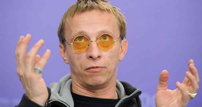 Охлобыстин привез в Донецк фильм, а  также подарки для «Моторолы» и собора