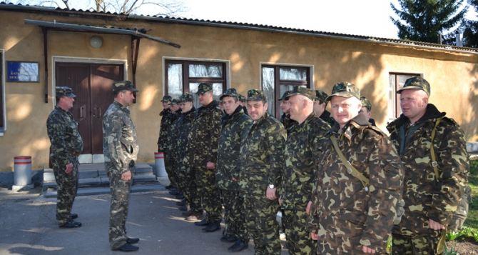 Турчинов считает необходимым организовать еще несколько этапов мобилизации
