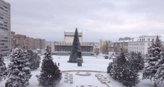 Эти взрывы везде слышно. —Ситуация в Луганске 23декабря