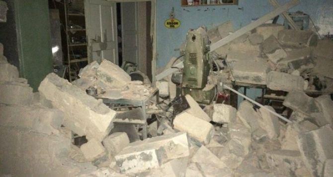 Последствия обстрела Горловки в Донецкой области (фото)