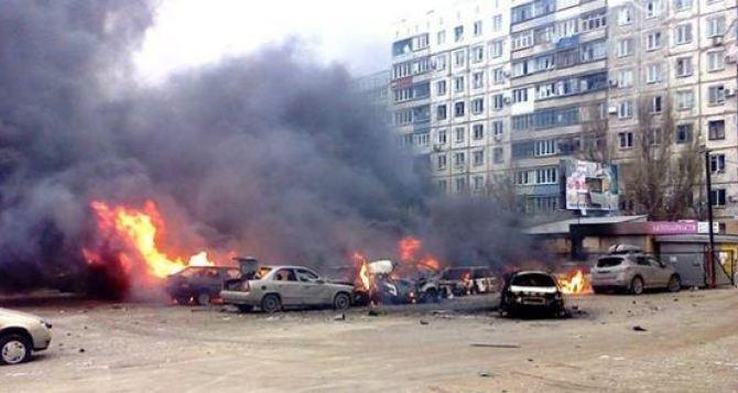 Мариуполь под огнем: 30 мирных жителей погибли, около 100— ранены (фото, видео)