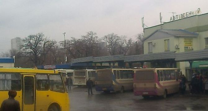 В ДНР заявляют, что ни один рейсовый автобус не смог пересечь украинские блокпосты