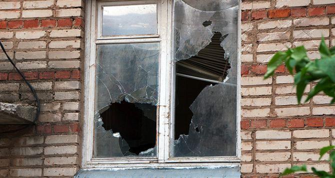 Донецк за сутки: погиб мирный житель, много раненых, разрушены дома (адреса)