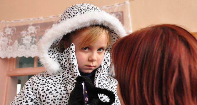 Волонтеры из России передали гуманитарку интернатам самопровозглашенной ЛНР (фото)
