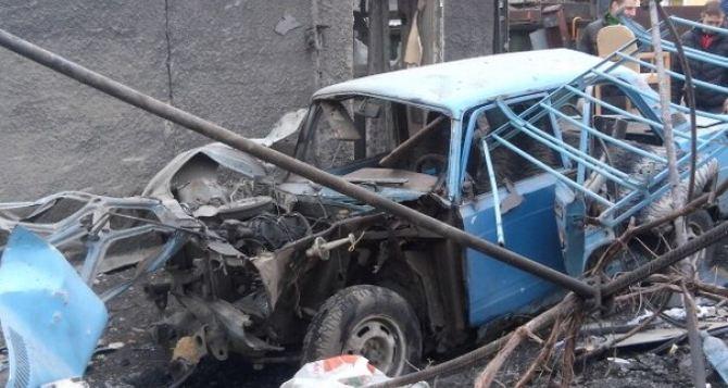 Боевые действия в Донецке: три мирных жителя погибли, полностью разрушены некоторые жилые дома (адреса)