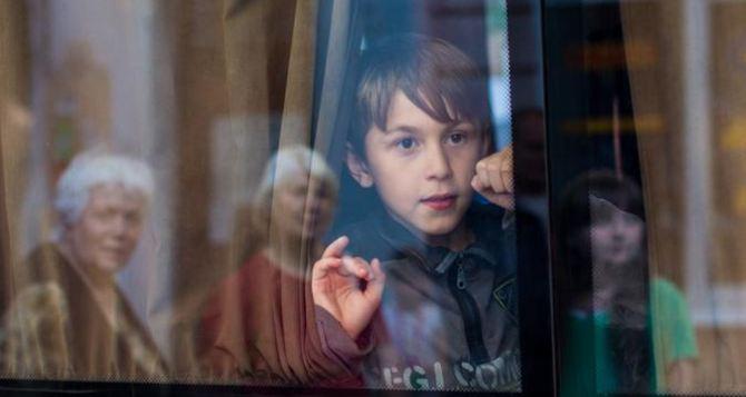 В Харьков эвакуировали детей из Артемовского дома ребенка