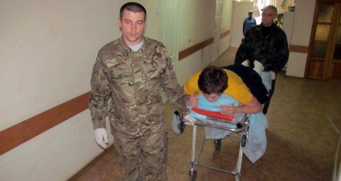 Перемирие на Донбассе: в харьковский военный госпиталь раненые поступают каждый час