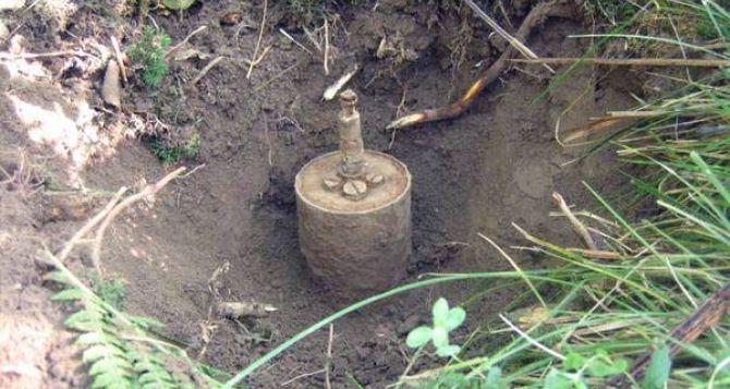 В Луганской области на мине подорвались двое украинских военных