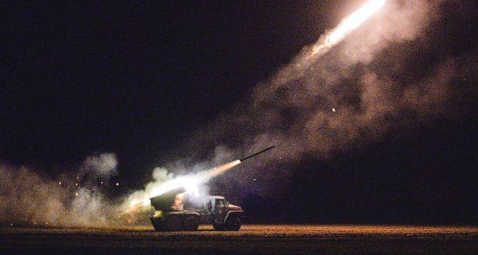 На Бахмутке в Луганской области продолжаются обстрелы