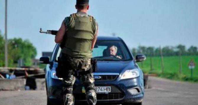 В самопровозглашенной ЛНР рассказали, что можно провозить через их таможню