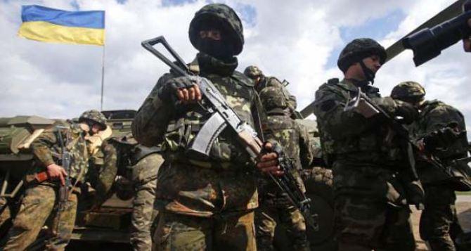 В штабе АТО заявляют, что отвели всю тяжелую артиллерию от линии соприкосновения на Донбассе