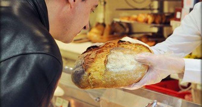 Харьковской области не хватает муки на социальный хлеб