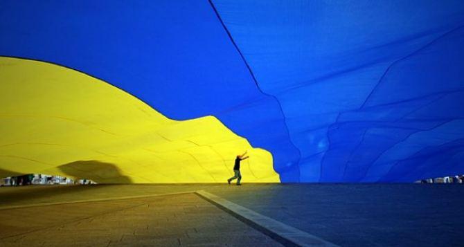 Украинская оппозиция заявляет о политическом давлении на нее