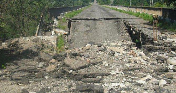 В самопровозглашенной ДНР начали ремонтировать путепроводы