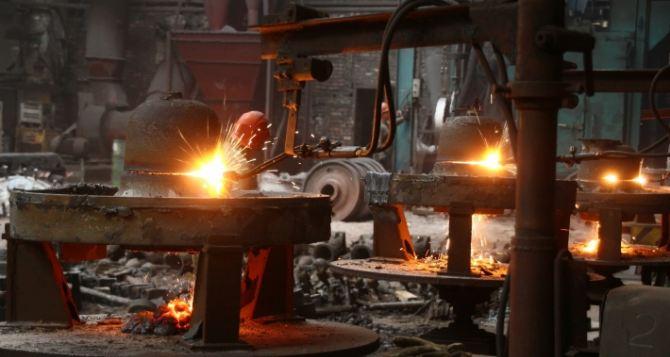 Завод «Сталь» в Луганске может увеличить количество рабочих мест благодаря заказам из России