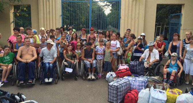 В Украине среди переселенцев 167 тысяч  детей и 56 тысяч инвалидов. —ООН