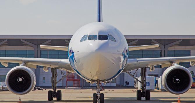Четыре авиакомпании получат права на рейсы из Харькова