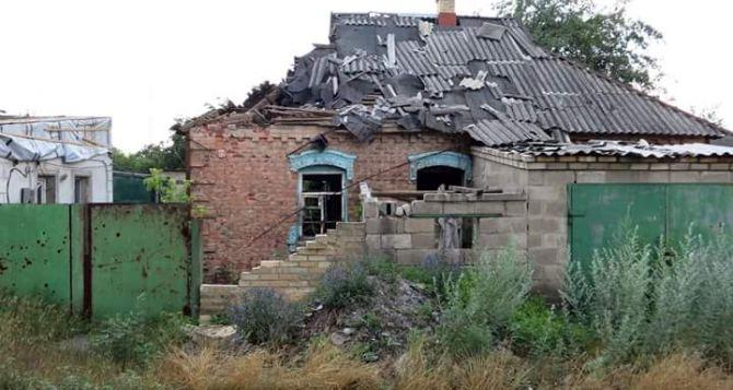 На Донбассе в результате боевых действий разрушен или поврежден дом каждой пятой семьи