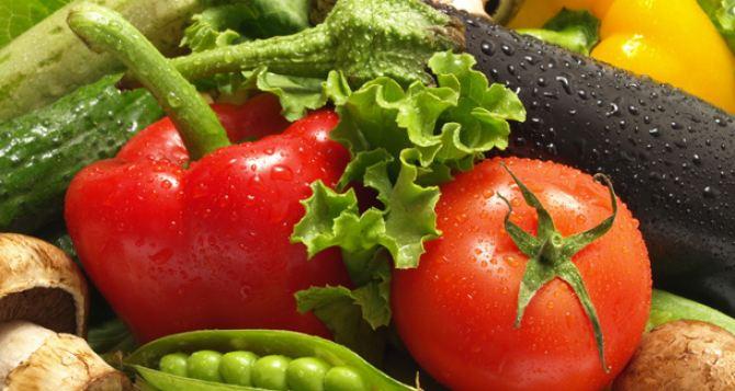 В Донецке снизили цены на овощи и фрукты вплоть до 50%
