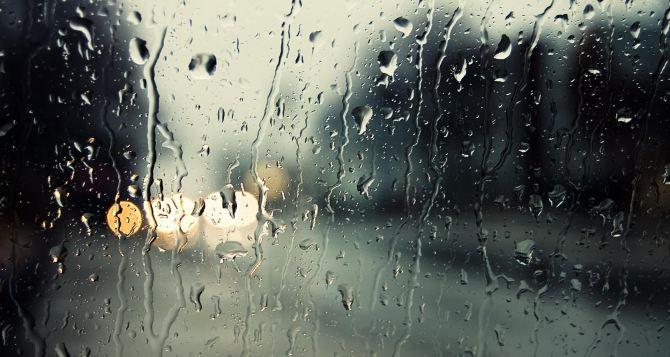 В Луганск идут дожди и грозы