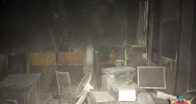 В Красноармейске неизвестные подожгли военкомат (фото)