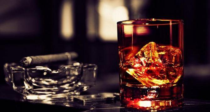 В ЛНР запретили реализацию алкоголя и сигарет без акцизных марок