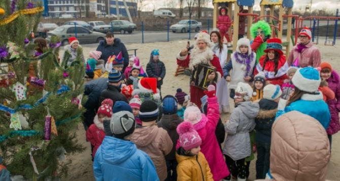 В харьковском модульном городке готовятся к Новому году