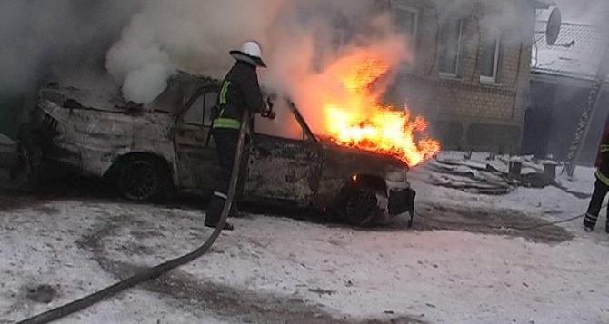 В ЛНР на новогодние праздники произошло 24 пожара, погибли 7 человек (фото)