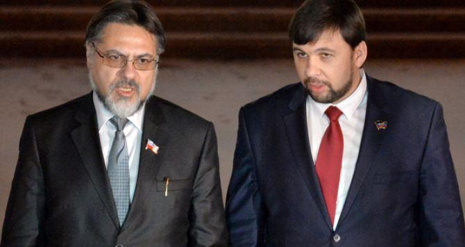 Киев не выполнил ключевых обязательств политической части Минска-2.  — Заявление Пушилина и Дейнего