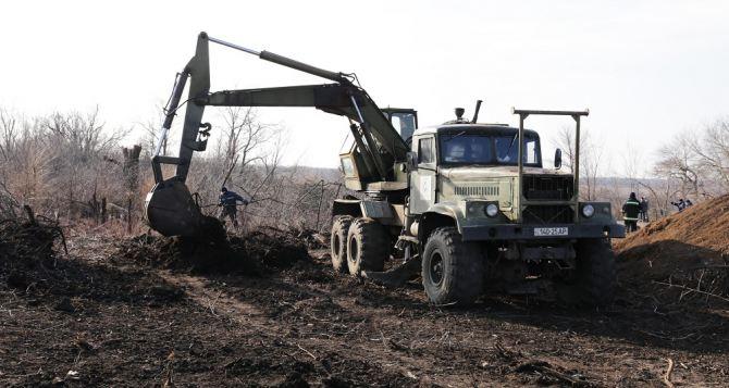 В Луганской области готовятся к открытию автомобильного пункта пропуска (фото)