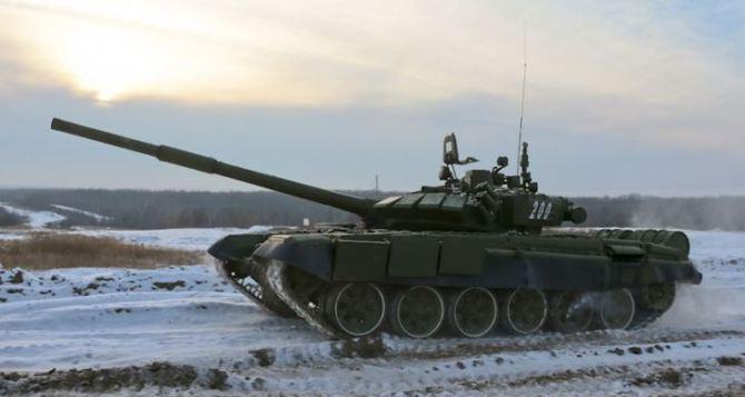 СММ ОБСЕ заметила возле луганского аэропорта танки