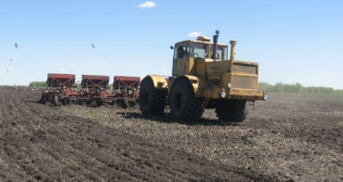 Аграрии самопровозглашенной ДНР вынуждены приостановить посевную