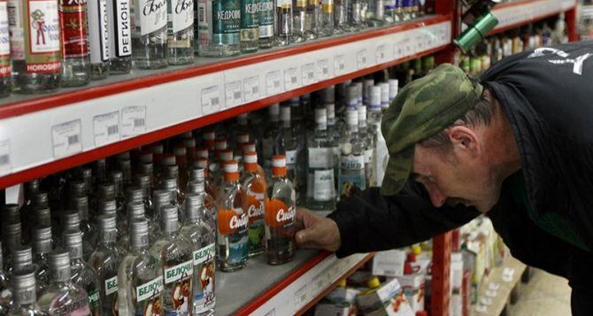 В Украине снова подорожает водка