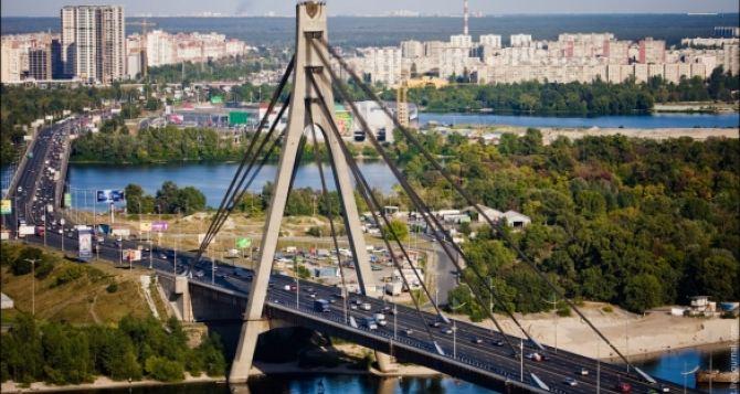 В Киеве решили переименовать Московский мост и Московскую площадь