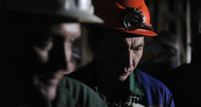 На шахте в Перевальском районе произошел взрыв метана