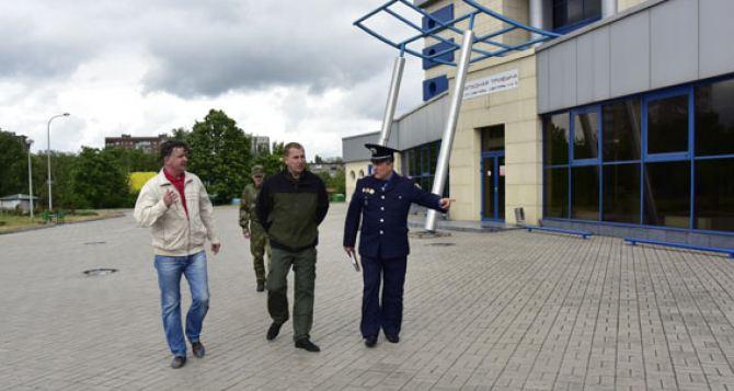 Следить за безопасностью на концерте «Океана Эльзы» в Мариуполе будет тысяча полицейских