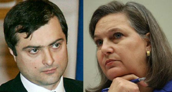 Нуланд обсудила с Сурковым выборы на Донбассе