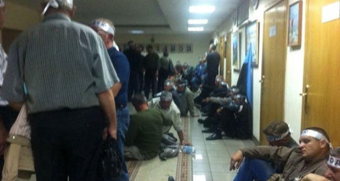 Шахтеры начали голодовку в здании Минсоцполитики