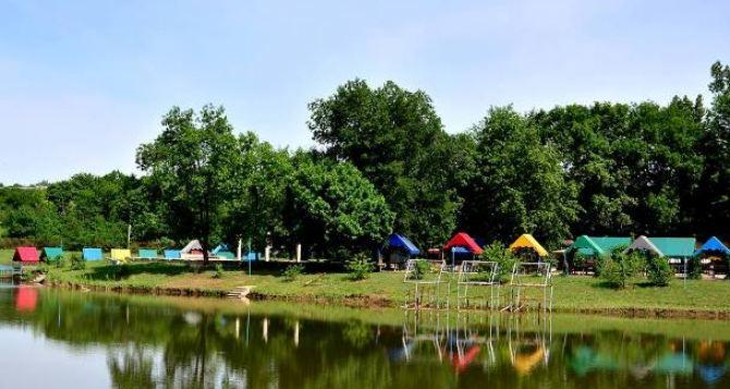 Жителей Луганска призывают не купаться в городских водоемах