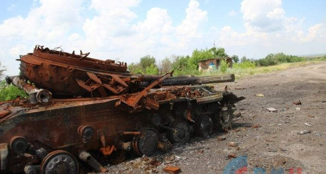 На Донбассе неспокойно. Снова ранены мирные жители