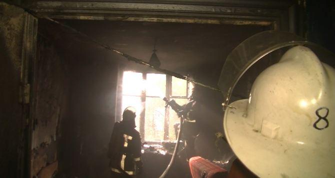 В Харькове из горящего дома  эвакуировали 50 жильцов