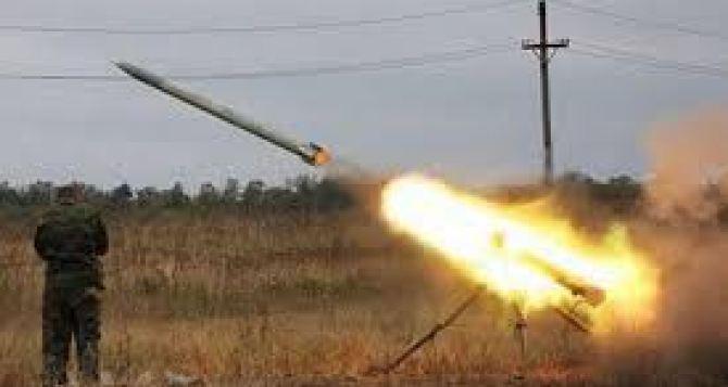 У Донецка стреляют из минометов. Сутки на Донбассе
