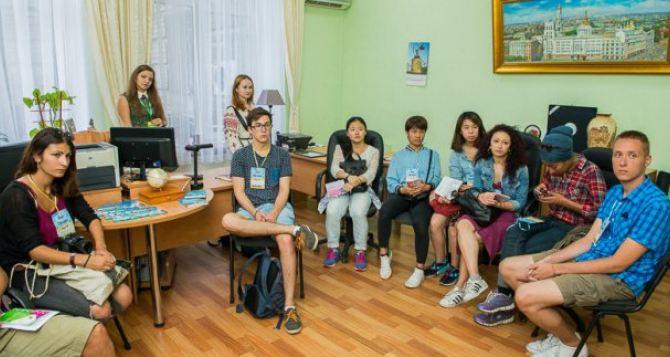 Проект «Feel Ukraine» собрал в Харькове студентов из 13-ти стран мира