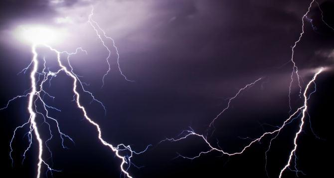 В Луганске объявлено штормовое предупреждение