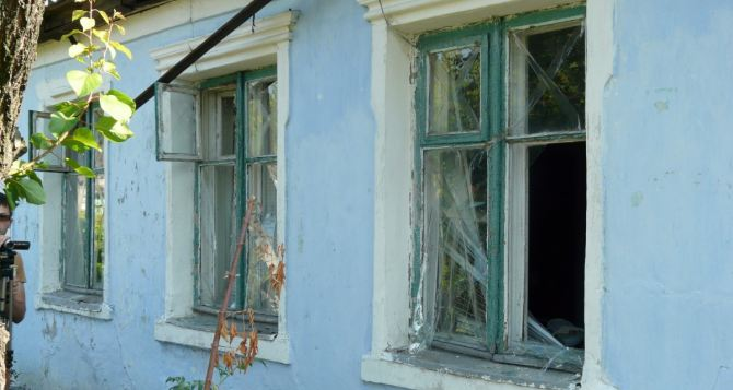 Последствия обстрела Стаханова 9августа (фото)